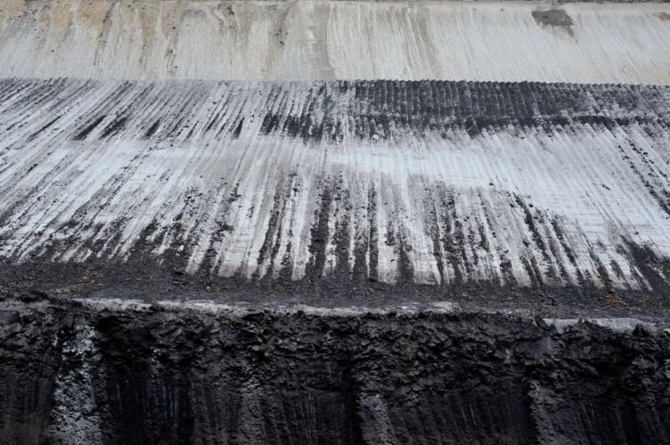 Bis zu 17 Millionen Jahre altes Braunkohle-Flöz im Tagebau Cottbus-Nord