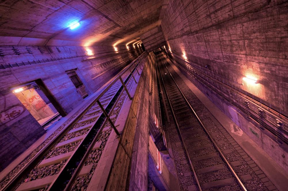 U-Bahn-Tunnel in Berlin-Steglitz (bearbeitet)